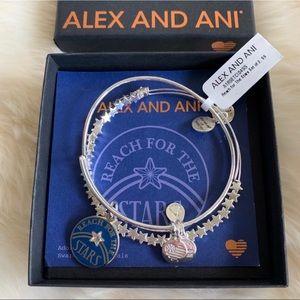 NWT Alex and Ani Reach for the Stars Bracelet Set